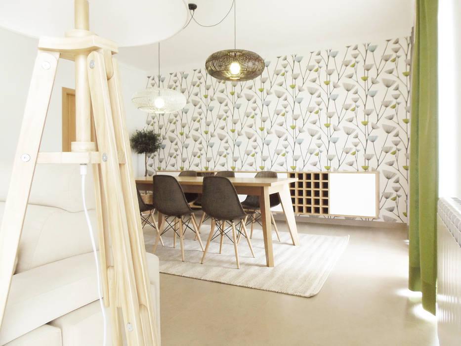 Skandinavische Wohnzimmer von Homestories Skandinavisch