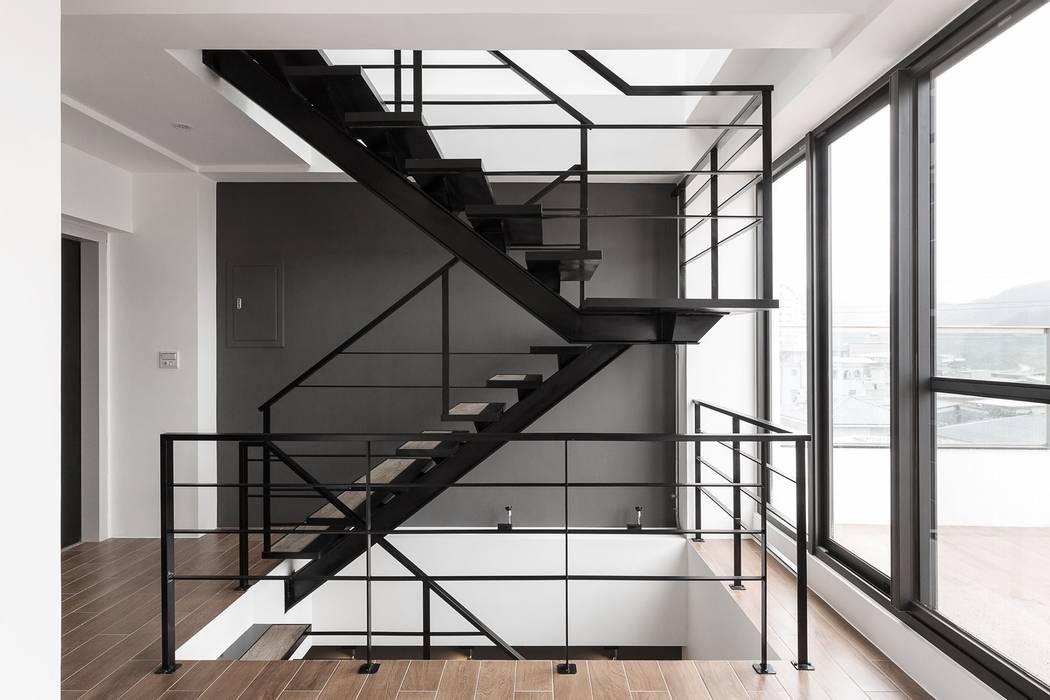 Stairs by 沃思文化  /  林毅璋建築師事務所 + 乘四研究所