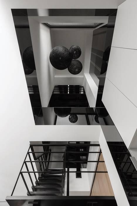 06:  樓梯 by 沃思文化  /  林毅璋建築師事務所 + 乘四研究所, 現代風