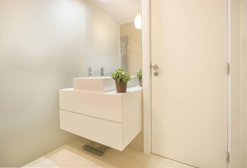 A Casa de banho da Isabel Casas de banho escandinavas por Homestories Escandinavo