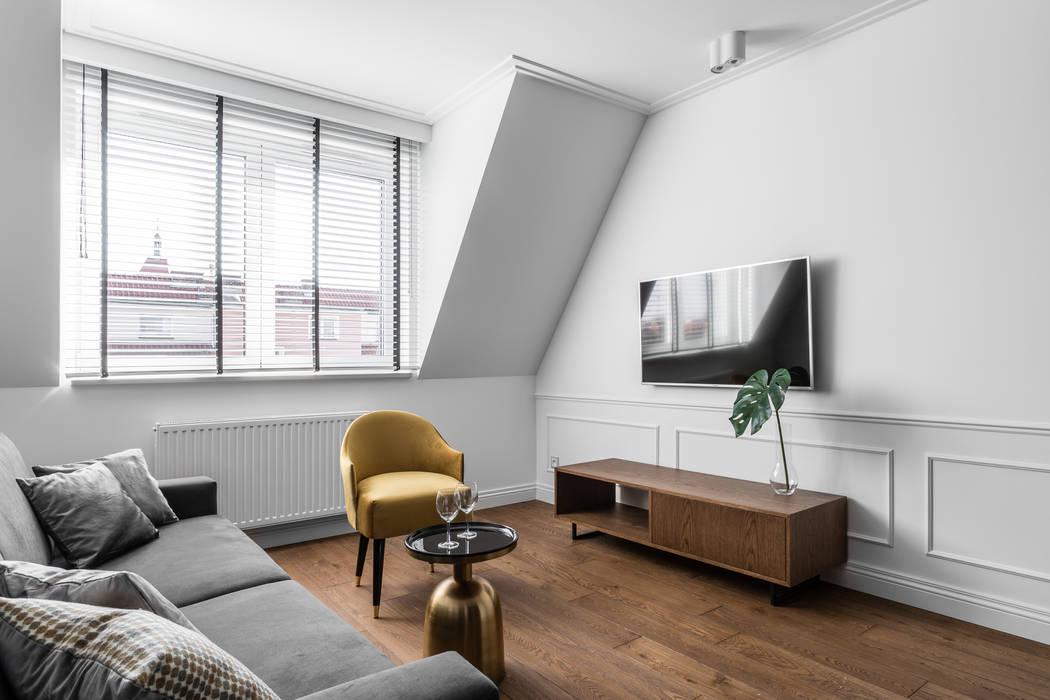 MIESZKANIE WAKACYJNE TARTACZNA 2 - GDAŃSK Eklektyczny salon od Anna Serafin Architektura Wnętrz Eklektyczny