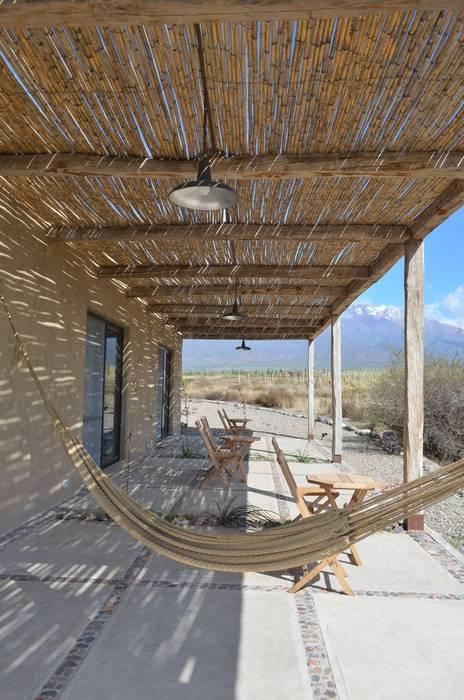 AlPasion | Exteriores: Hoteles de estilo  por Bórmida & Yanzón arquitectos