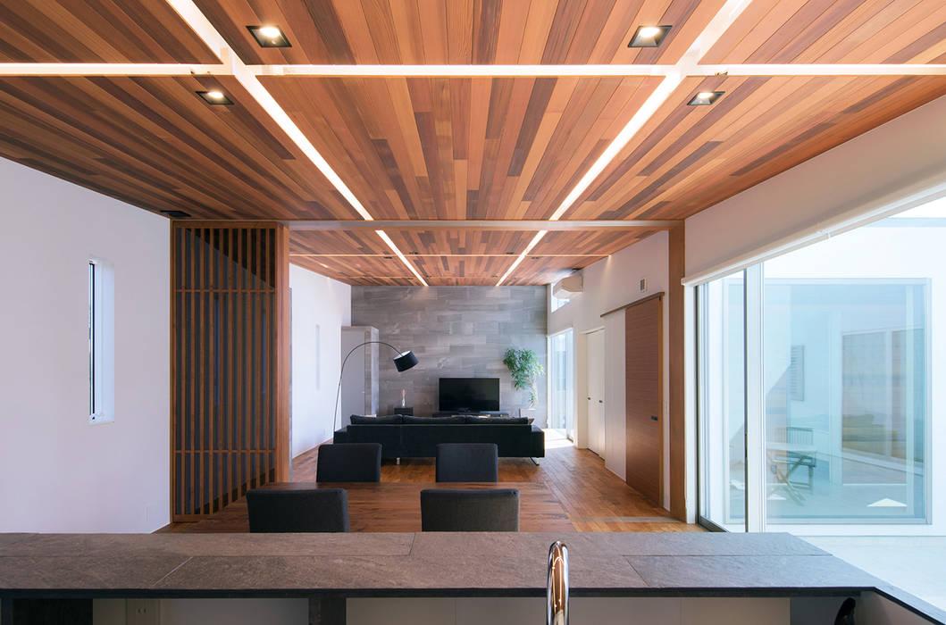 G2-house「向かい合う家」: Architect Show co.,Ltdが手掛けた家です。
