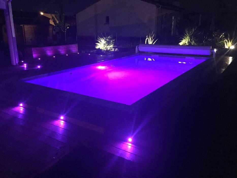 Piscine de 8x4m: Piscines  de style  par Oplus piscines