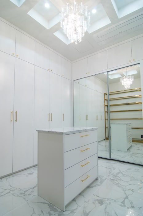 Dressing room by 캐러멜라운지