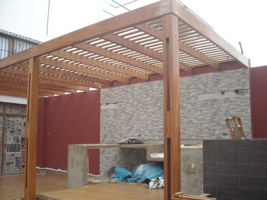 Proyecto - Dirección - Construccion de techo interior y pergola exterior - Mar del Plata. GRUPO CONSARQ Techos Madera