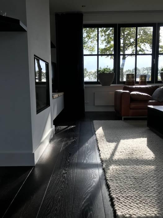 Europees Eiken - Dark Brown Environment ARDEE Parket Interieur Design Moderne woonkamers Hout Bruin