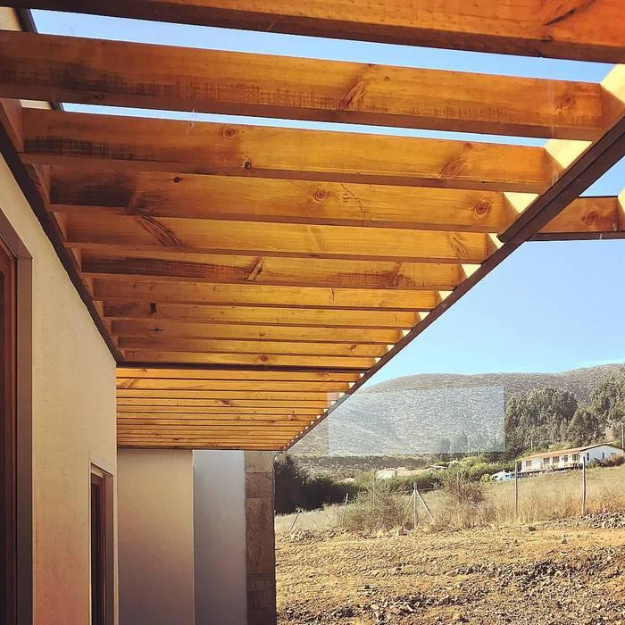 Vivienda Lt37 Premium 115m2 Fundo Loreto.: Casas unifamiliares de estilo  por Territorio Arquitectura y Construccion - La Serena