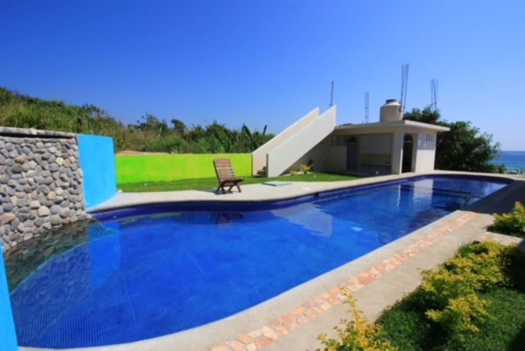 by Crystal Pool Tropical Concrete