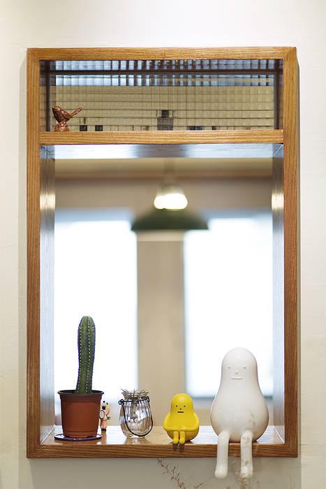 หน้าต่างไม้ โดย 미우가 디자인 스튜디오, ชนบทฝรั่ง