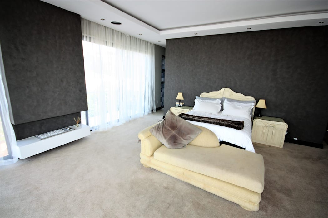master bedroom with a modern layout. 根據 Nuclei Lifestyle Design 現代風