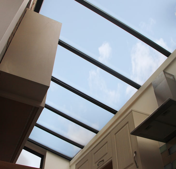 Rooflight:  Lean-to roof by RS Architects, Modern Glass