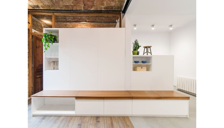Mobiliario de salón : Hogar de estilo  de LaBoqueria Taller d'Arquitectura i Disseny Industrial