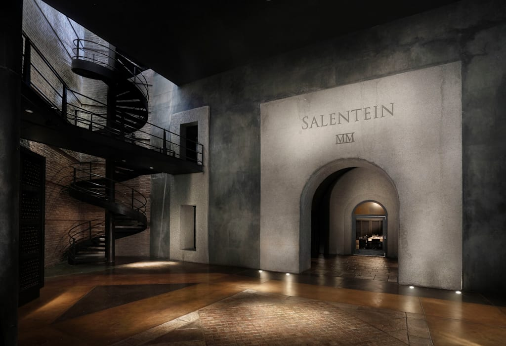 Interiores bodega: Gastronomía de estilo  por Bórmida & Yanzón arquitectos