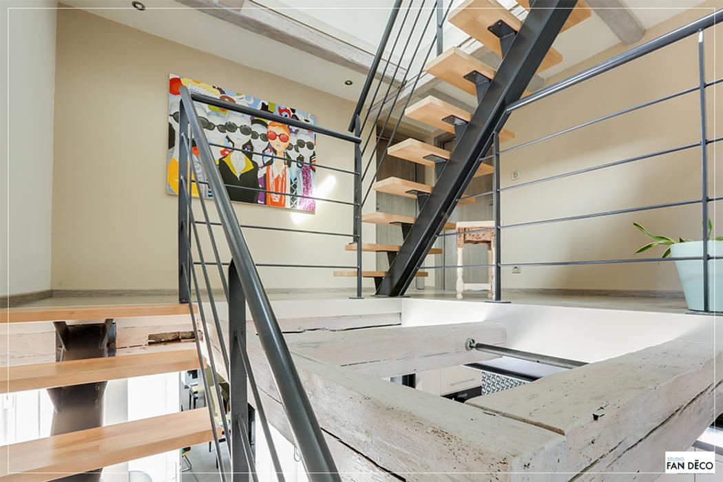 Maison Alsacienne Couloir Et Hall D Entree De Style Par Studio Fan