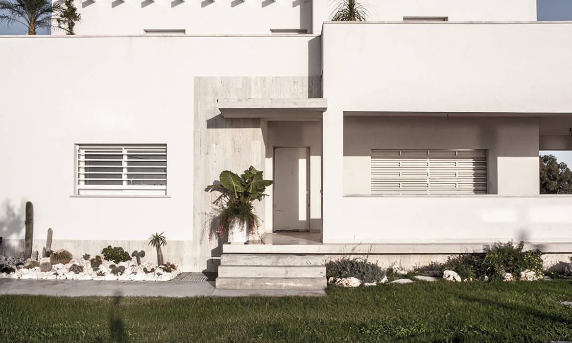Ingresso: Villa in stile  di Antonio Baroni - Homify