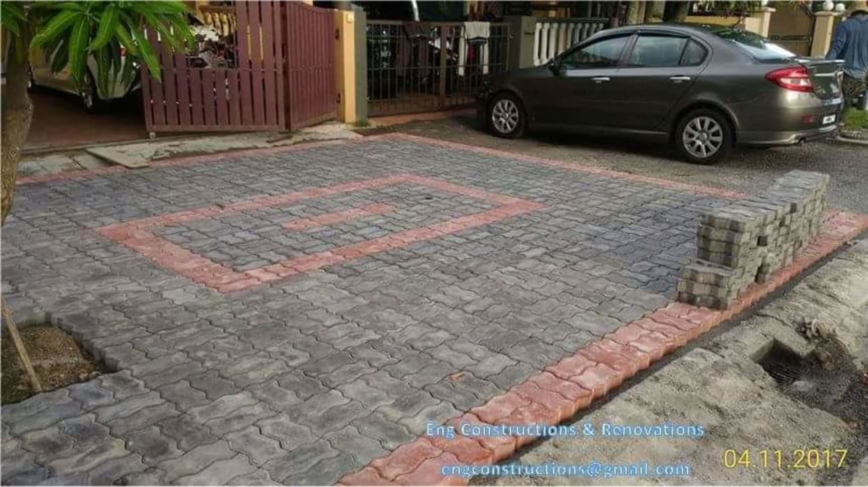 Outdoor Tiling:  Floors by Sam Contractors Ipoh, Modern Bricks