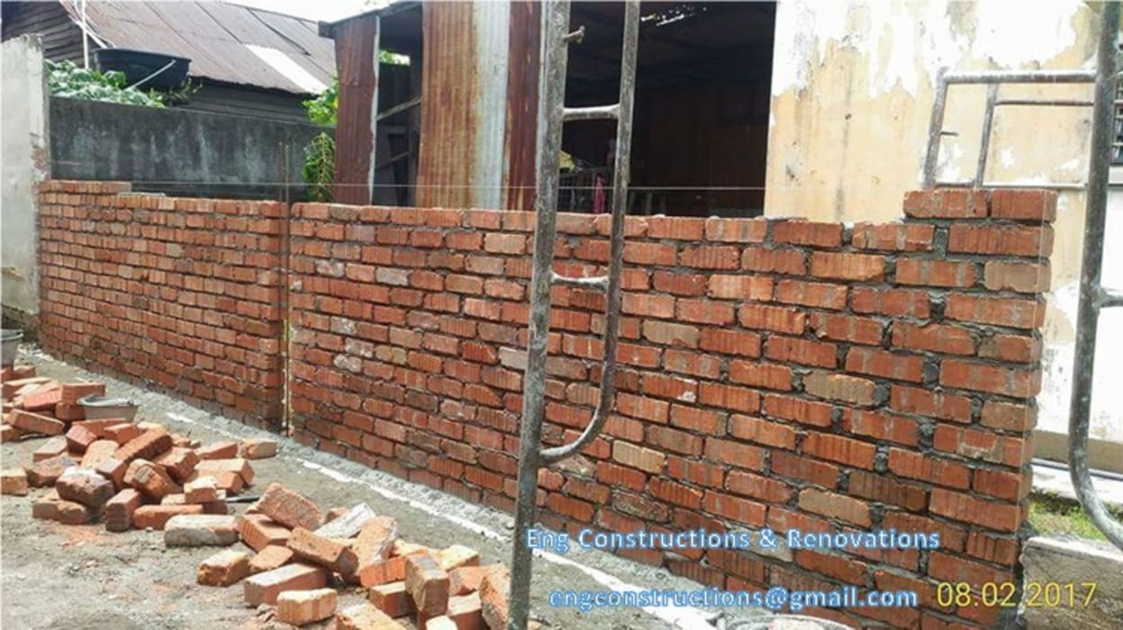 Backyard Extension:  Walls by Sam Contractors Ipoh,