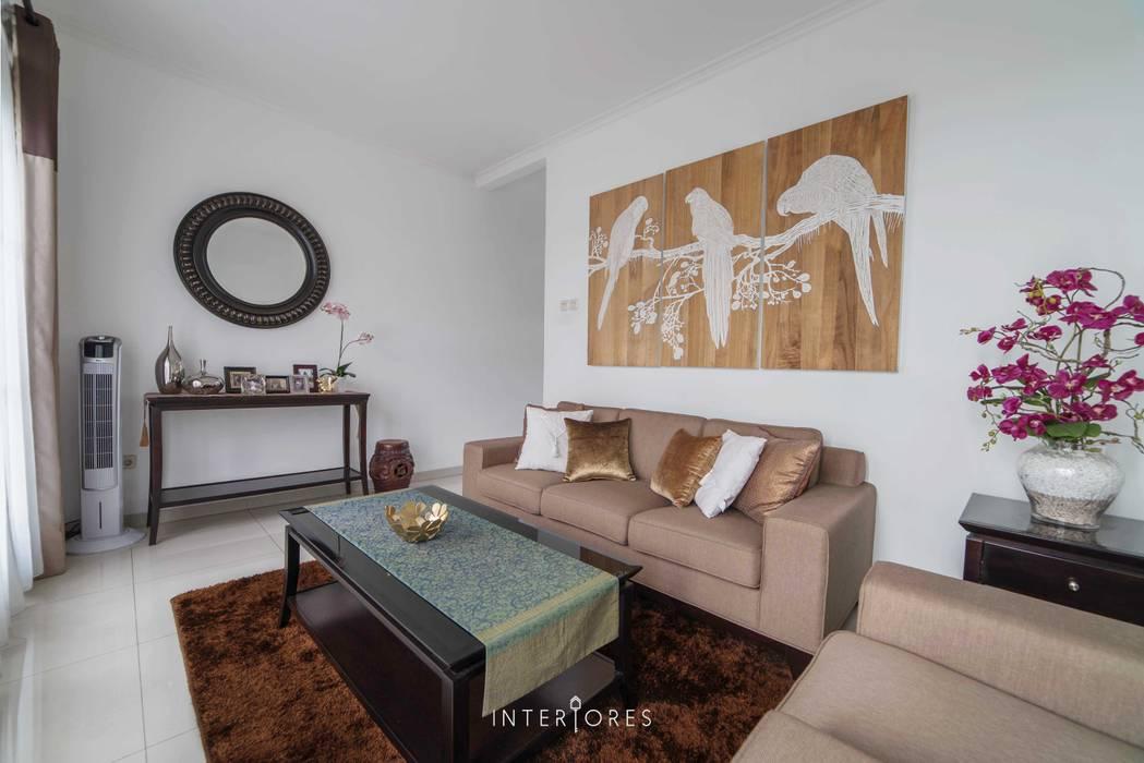 Modern Kitchen by INTERIORES - Interior Consultant & Build Modern