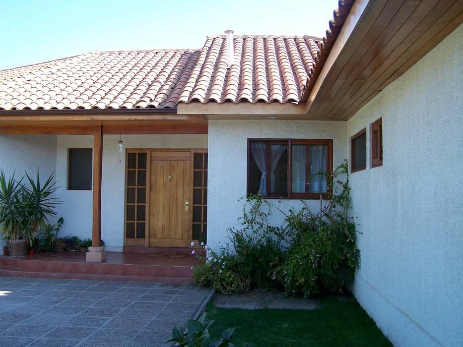 Acceso Principal: Casas prefabricadas de estilo  por Casabella