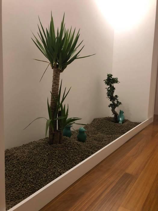 Fernando carvalho Corridor, hallway & stairs Accessories & decoration Pottery Green
