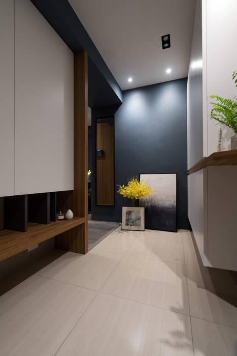 玄關 Scandinavian style corridor, hallway& stairs by Moooi Design 驀翊設計 Scandinavian