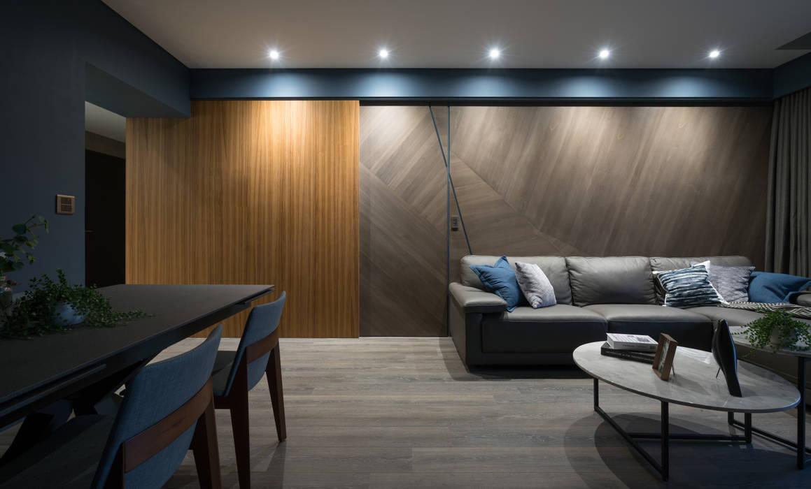 Projekty,  Drzwi przesuwne zaprojektowane przez Moooi Design 驀翊設計