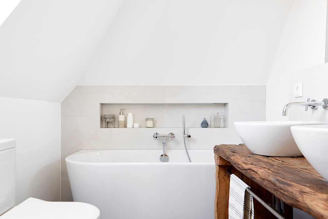 Badezimmer im klassisch modernen landhausstil: landhausstil ...