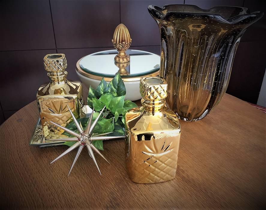Peças de Decoração Douradas por Sgabello Interiores Moderno Vidro