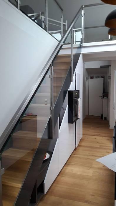treppen mit glas wohn design. Black Bedroom Furniture Sets. Home Design Ideas