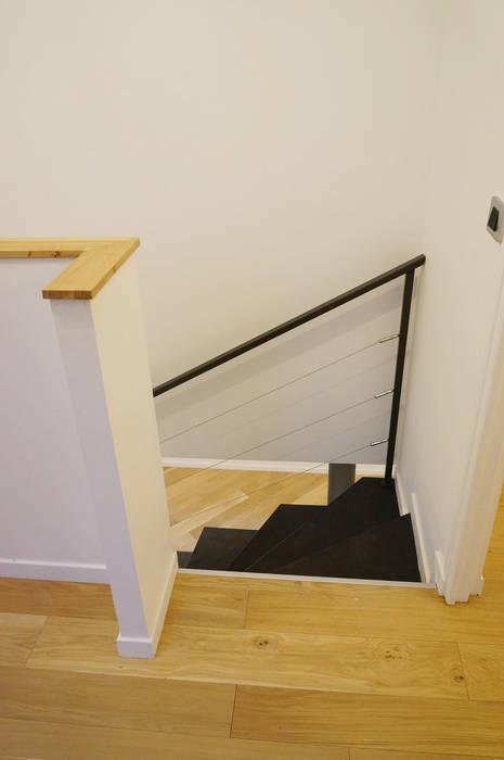 Rénovation escaliers par Optiréno Moderne