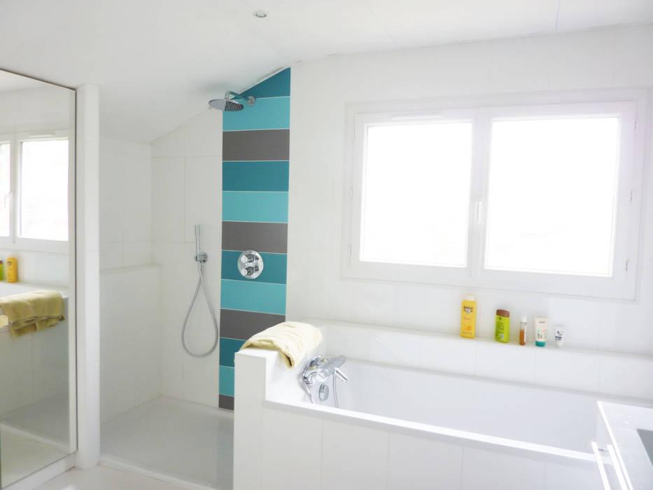 Rénovation salle de bains pour enfants: Salle de bains de style  par Optiréno