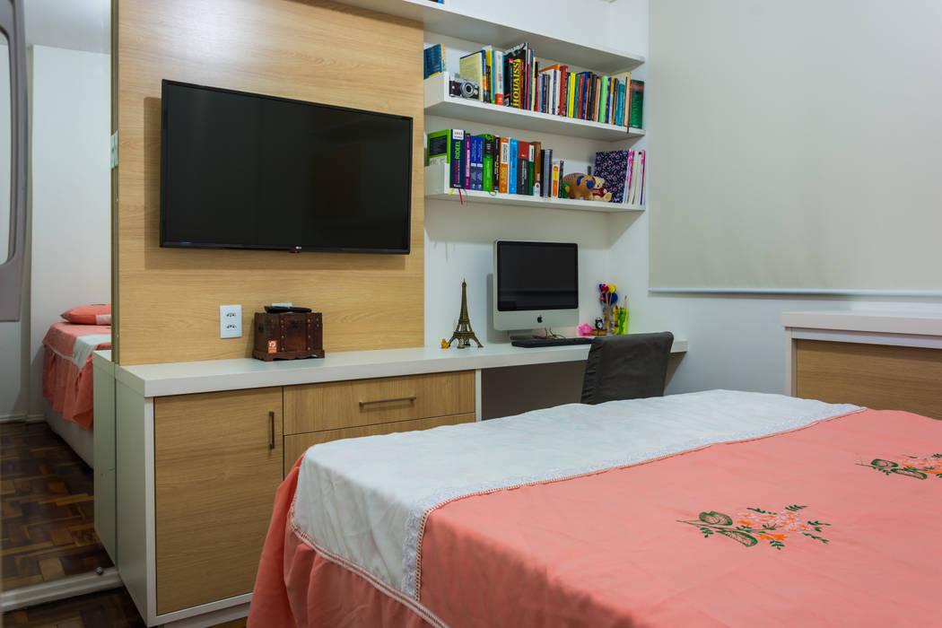 Vista do painel com home office Quartos modernos por Joana Rezende Arquitetura e Arte Moderno