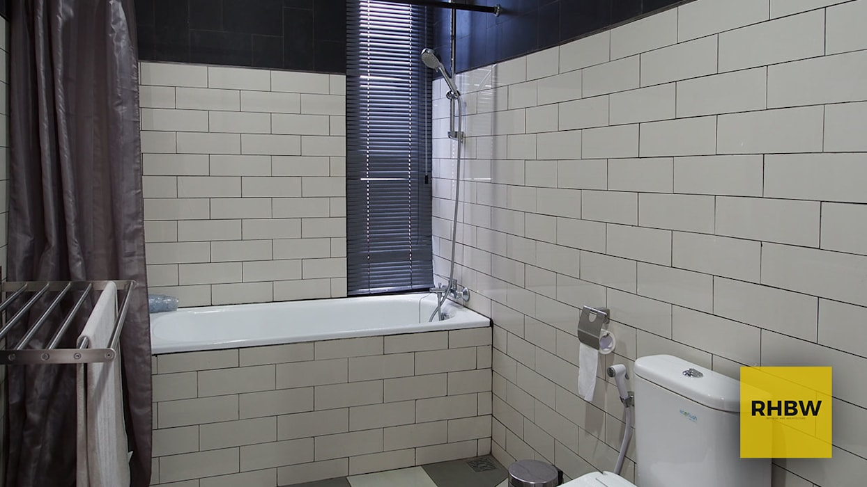RHBW Industrial style bathroom