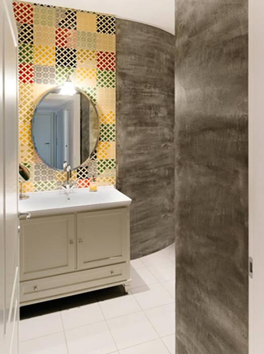 Ingresso al bagno: Bagno in stile  di bottegaarchitettonica