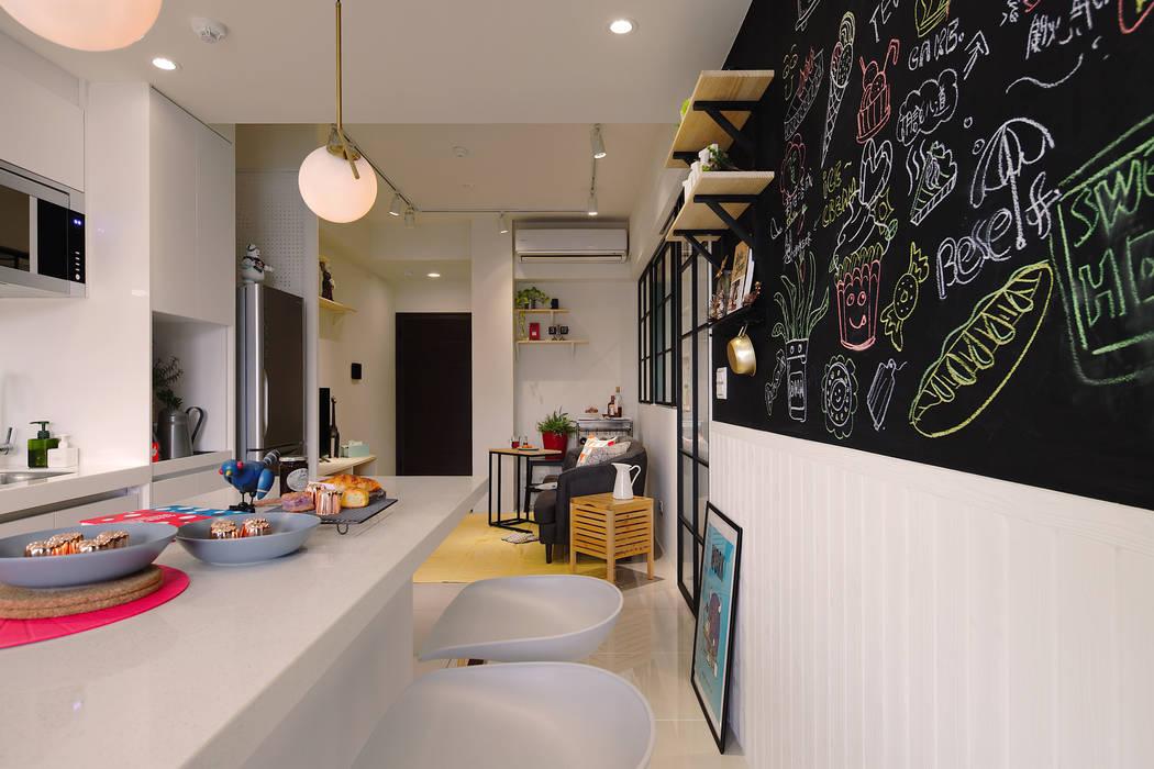 廚房黑板裝飾牆 by 一葉藍朵設計家飾所 A Lentil Design Scandinavian