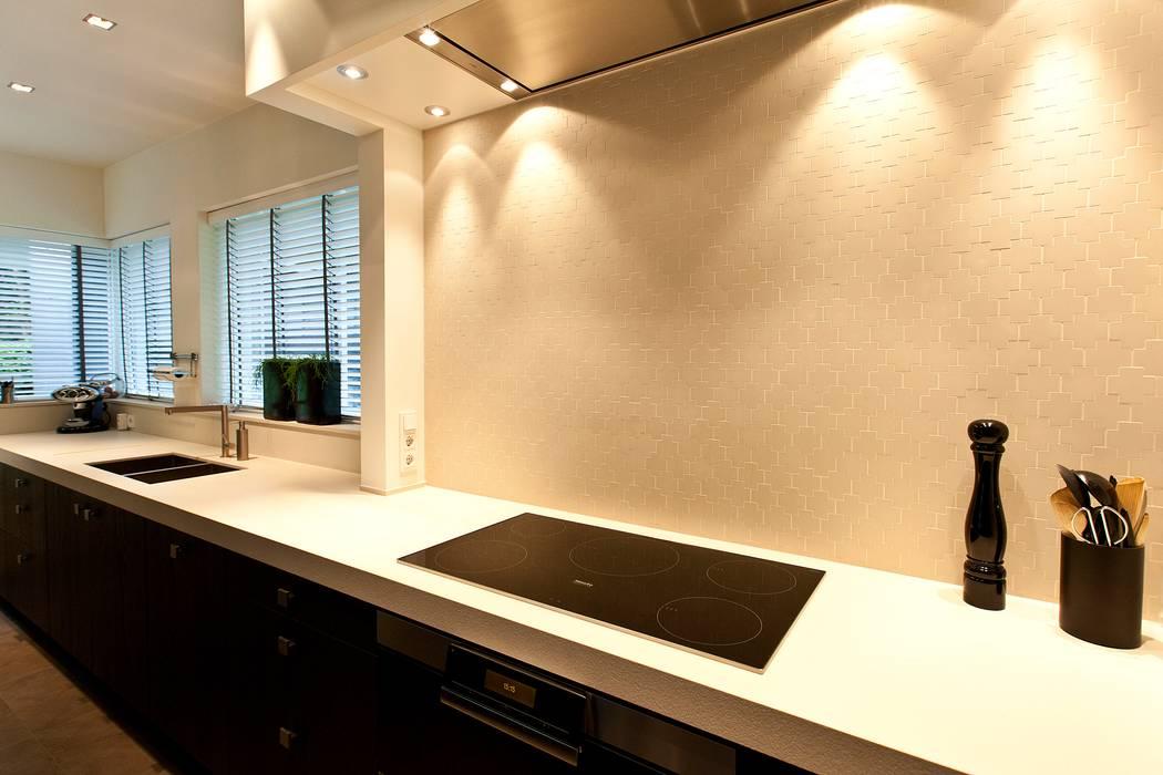 kooknis:  Keuken door DWB2C