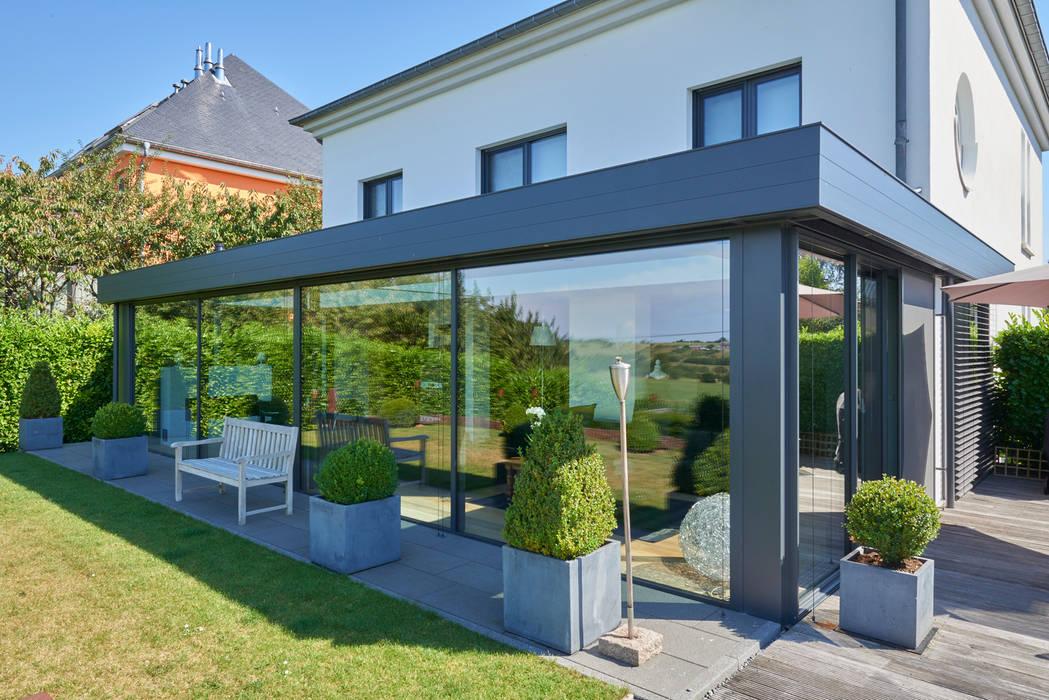 KELLER GLASSHOUSE® in minimalistischem Design Minimalistische Fenster & Türen von KELLER AG Minimalistisch Aluminium/Zink