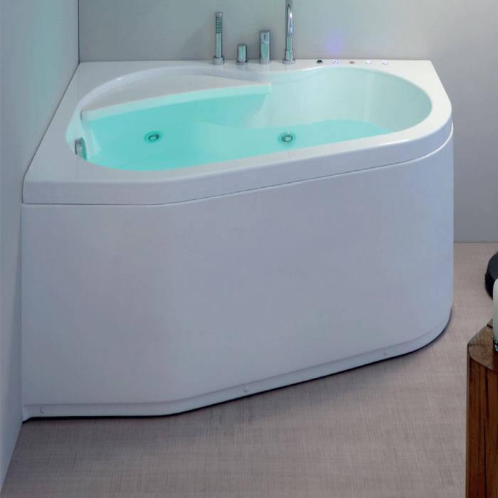 Vasca da bagno angolare moderna 150x100: Bagno in stile  di Jo-Bagno.it