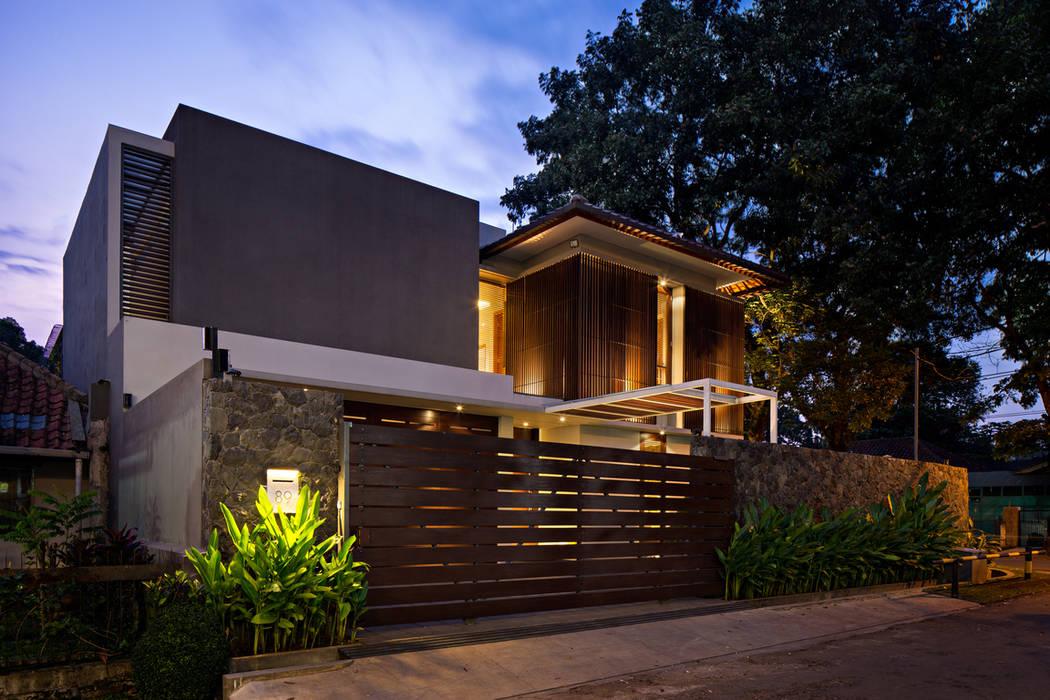 Single family home by BAMA,
