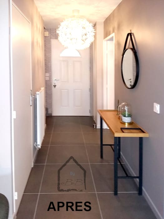 entrée: Couloir et hall d'entrée de style  par By Benedicte Bergot Deco