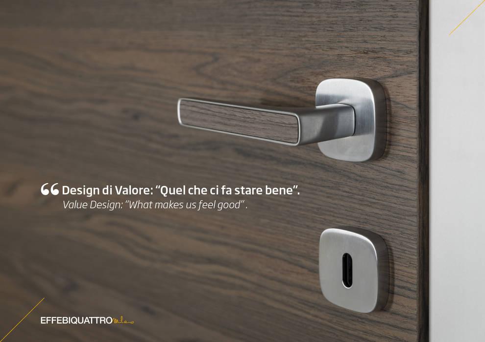 Particolare porta Aluminium: Porte in legno in stile  di Effebiquattro S.p.A.