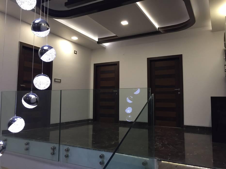 PLUSH & LAVISH VILLA Modern living room by Vdezin Interiors Modern