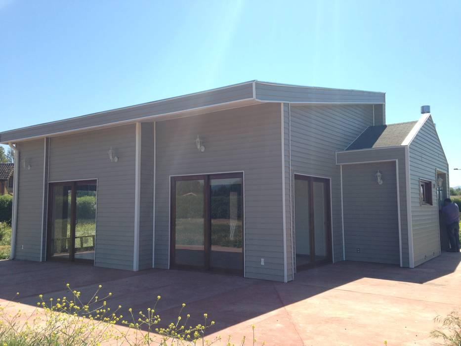 Casa siding Isla de Maipo Casas de estilo mediterráneo de AG Gestión Mediterráneo