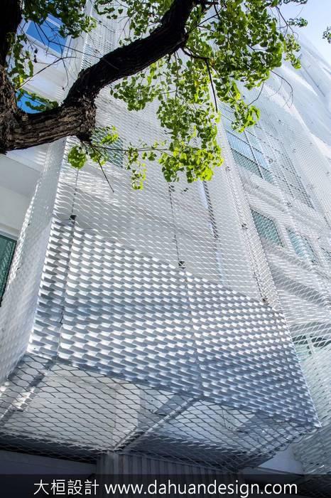 大桓建築設計 | 台中 | 卡爾登飯店:  飯店 by 大桓設計顧問有限公司