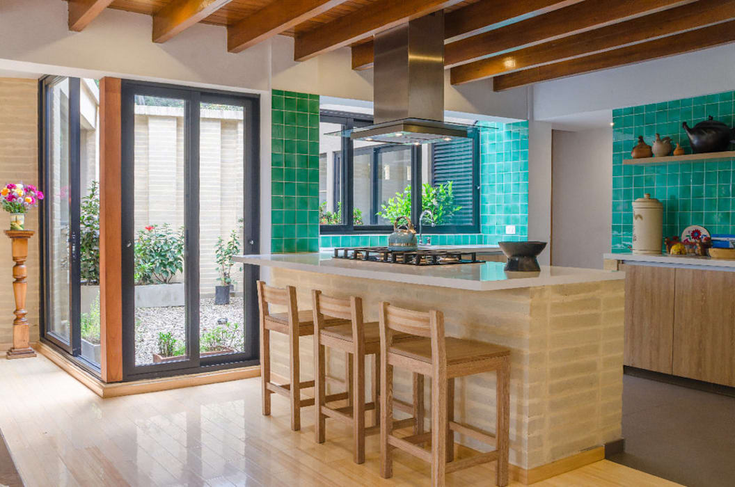 Built-in kitchens by ARCE S.A.S, Rustic Wood Wood effect