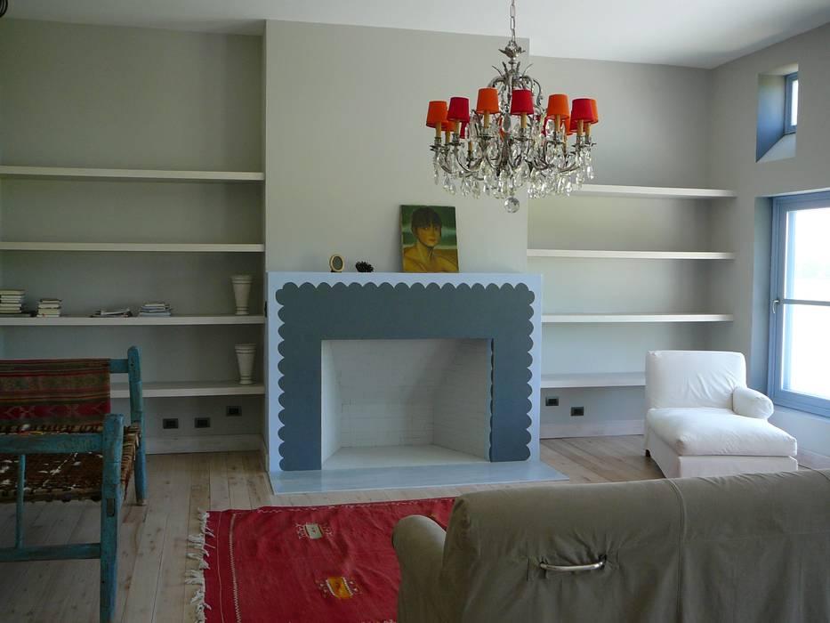 CASA EN CENTAUROS CLUB DE CAMPO: Livings de estilo moderno por Estudio Dillon Terzaghi Arquitectura