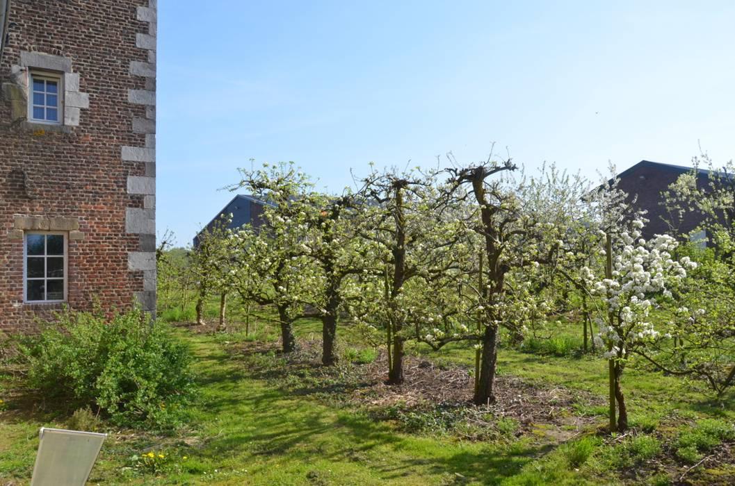 Interieurontwerp hoeve Cortenbach, Voerendaal:  Zen-tuin door Ontwerpbureau Op den Kamp