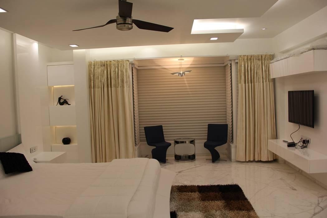 Chugh Villa Modern style bedroom by Innerspace Modern