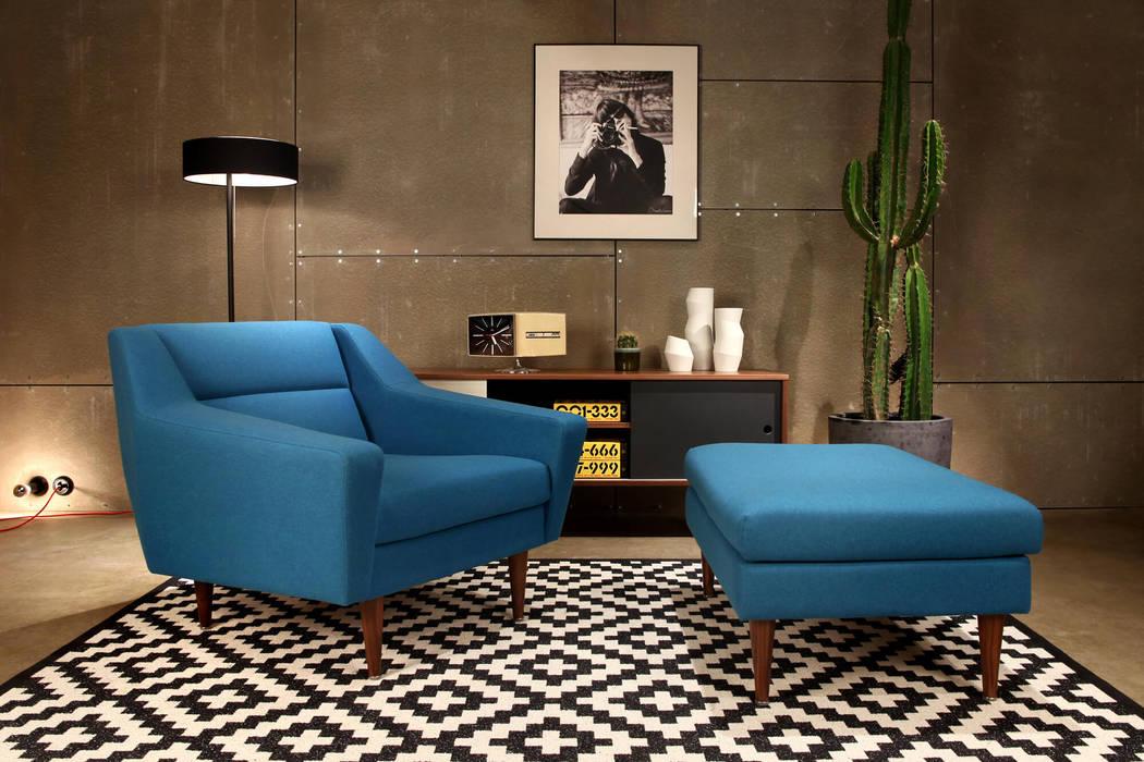 blauer sessel mit hocker skandinavisch skandinavische wohnzimmer von baltic design shop homify. Black Bedroom Furniture Sets. Home Design Ideas